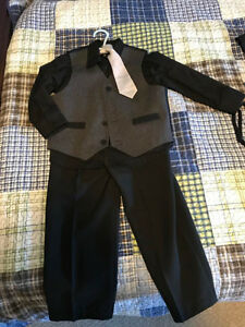 Size 4 - Boy's Suit (Charcoal Grey and Black)
