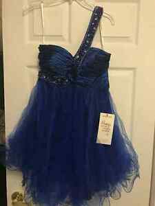 Dark blue prom/graduation dress