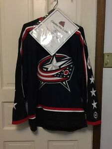 NHL SIGNED SWEATERS [AUTHENTIC LETTER]