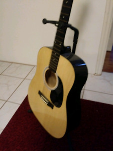 Beautiful guitar excellent condition