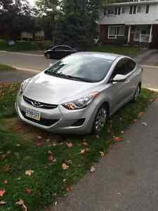 2013 Hyundai Elantra Sedan Peterborough Peterborough Area image 2