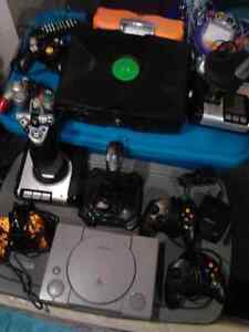 For Parts or Repair a BUNCH untested XBOX PS1 PC JOYSTICKS OBO
