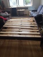 Queen size bed frame 40$