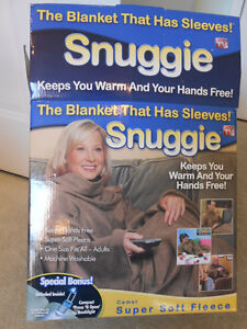Snuggie, The Blanket / Fleece with Sleeves