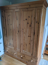 Solid Pine Double Wardrobe & 2x Drawers