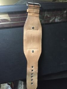 Guess watch 50$ was 165$  it's working new battery London Ontario image 3