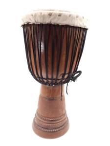 A Vendre tres belle percussion africaine DJEMBE 12 ''.