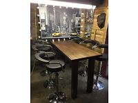 Solid oak bar & 6 stools