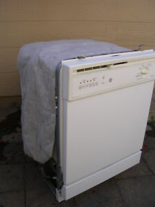 Used Built-In G.E. Dishwasher, white