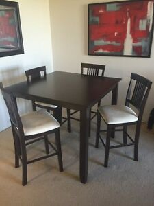 High Top Dining Table - 3 years old!  Kingston Kingston Area image 1