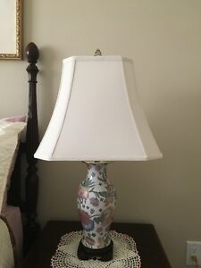 For Sale: 2 Large Table Lamps