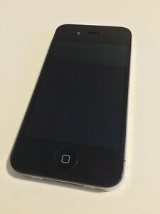Selling iPhone 4s (16gb)