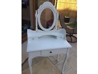 Shabby chic dressing table with drawers and mirror