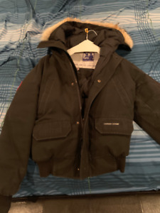 Slightly used Canada Goose Boys Chilliwack Bomber for sale