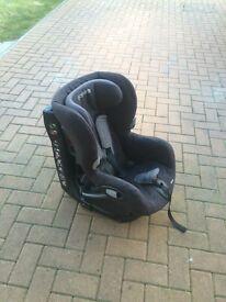 Maxi Cosi Axxis black car seat