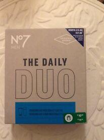 ❤️💙💦🛀No7 Mens daily duo face and body wash gift box New
