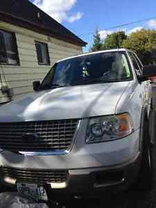 2004 Ford Expedition Eddie Bauer edition SUV, Crossover