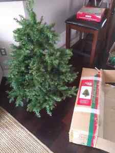 4' Artificial Pine (Christmas) Tree