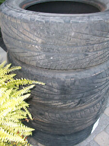 Pair of Michelin Hydroedge 225 60R16