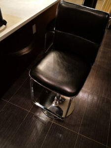 Leather Bar Stools/Chairs for Sale