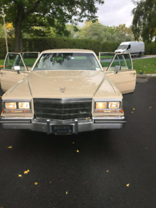 1985 Cadillac Fleetwood very good condition