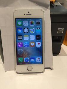 iPhone 5s 16 white/silver telus
