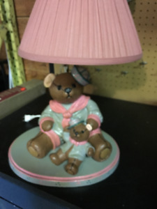 BEAUTIFUL HAND MADE TEDY BEAR LAMP