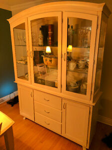 Dining Room Hutch And Display Cabinet