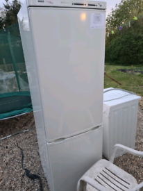 Bosch fridge freezer almost new