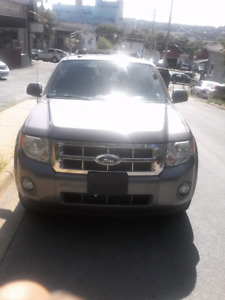 2009 Ford Escape XLT. V6. AWD