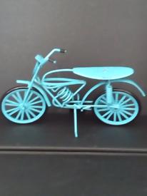 Vintage Blue Metal 6 inch Bicycle Ornament/Toy. Viewing on doorstep!!