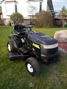 Poulan riding lawn tractor