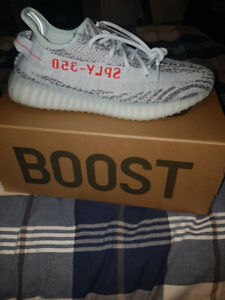 Yeezy 350 v2 bluetint sz9.5 FOR $425