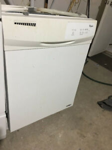 "Whirlpoo24"" white under counter dishwasher fully working"