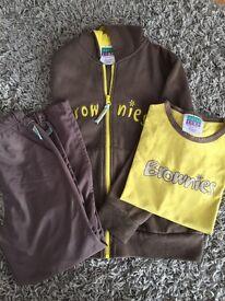 Brownie uniform set