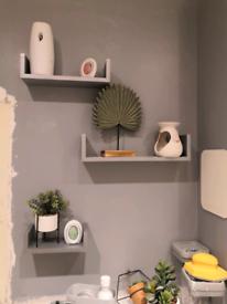 Wall shelfs