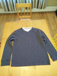 Long-sleeve grey shirt - Size Medium