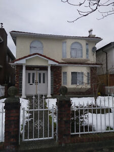 BEAUTIFUL 4 BEDROOM HOME AVAILABLE NOW!