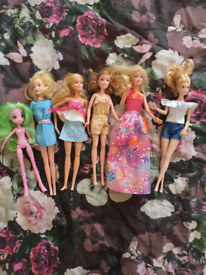 Bundle of beautiful barby dolls