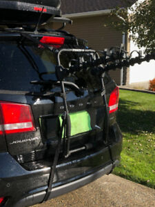 STEALTH-4 Bumper Mount Bicycle Carrier