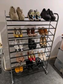Shoe rack on wheels