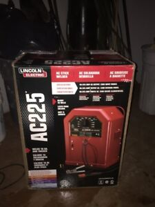 Lincoln Electric AC 225 Welder.  New in box