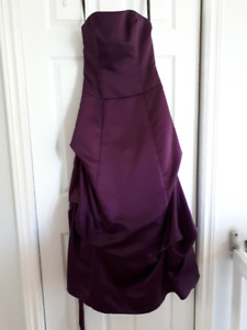 Alfred Angelo gown, size 2, perfect condition