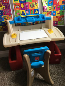Little tikes step2 desk and chair
