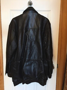 Men's Leather jacket NEVER WORN!