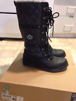 BANFF TRAIL Winter boots size 9
