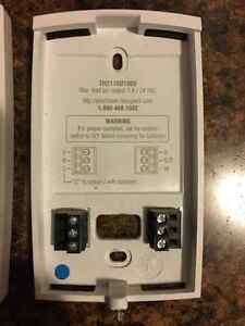 7-Day Programmable Thermostat - works fine Kingston Kingston Area image 2
