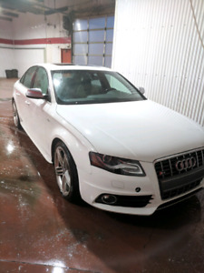 2010 Audi S4 Low KM, Priced to Sell! GREAT condition