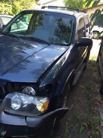 2005 Ford Escape -PARTS VEHICLE OR FIXER UPPER
