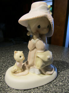 """To A Very Special Mom"" Precious Moments figurine."